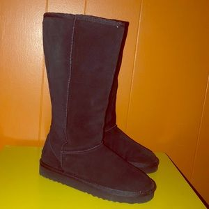 Sketchers Black Leather Faux Fur Tall Boots